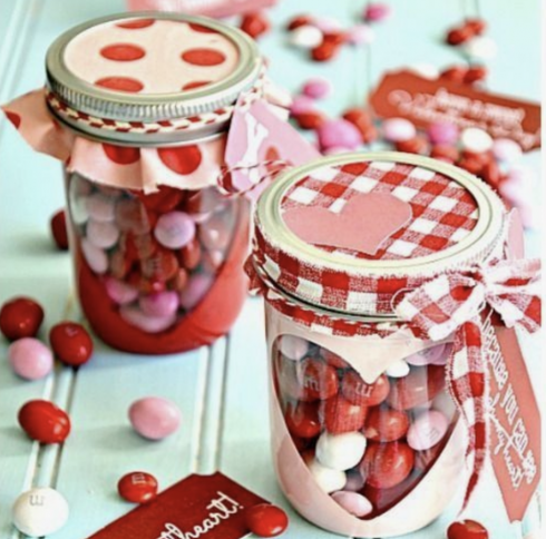 DIY Valentine\'s Day Home Decorations - The Fornerette Team